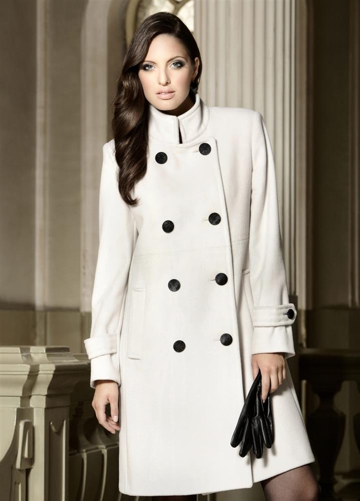 Lady M by Maria fashion company white coat