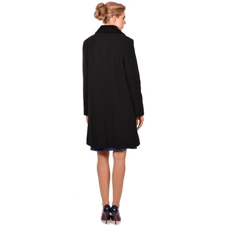 ženski crni kaput klasični